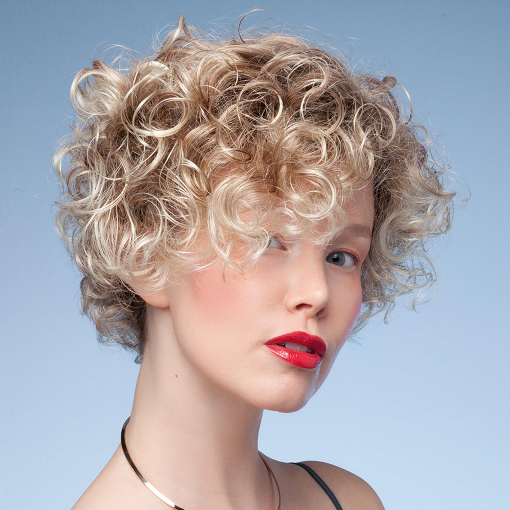 Switch 4 wig Ellen Wille Perucci Collection